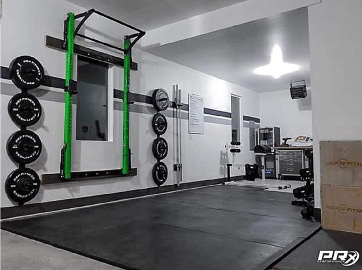 Pin by mone on garage gym   Gym setup, Home gym decor, At ...