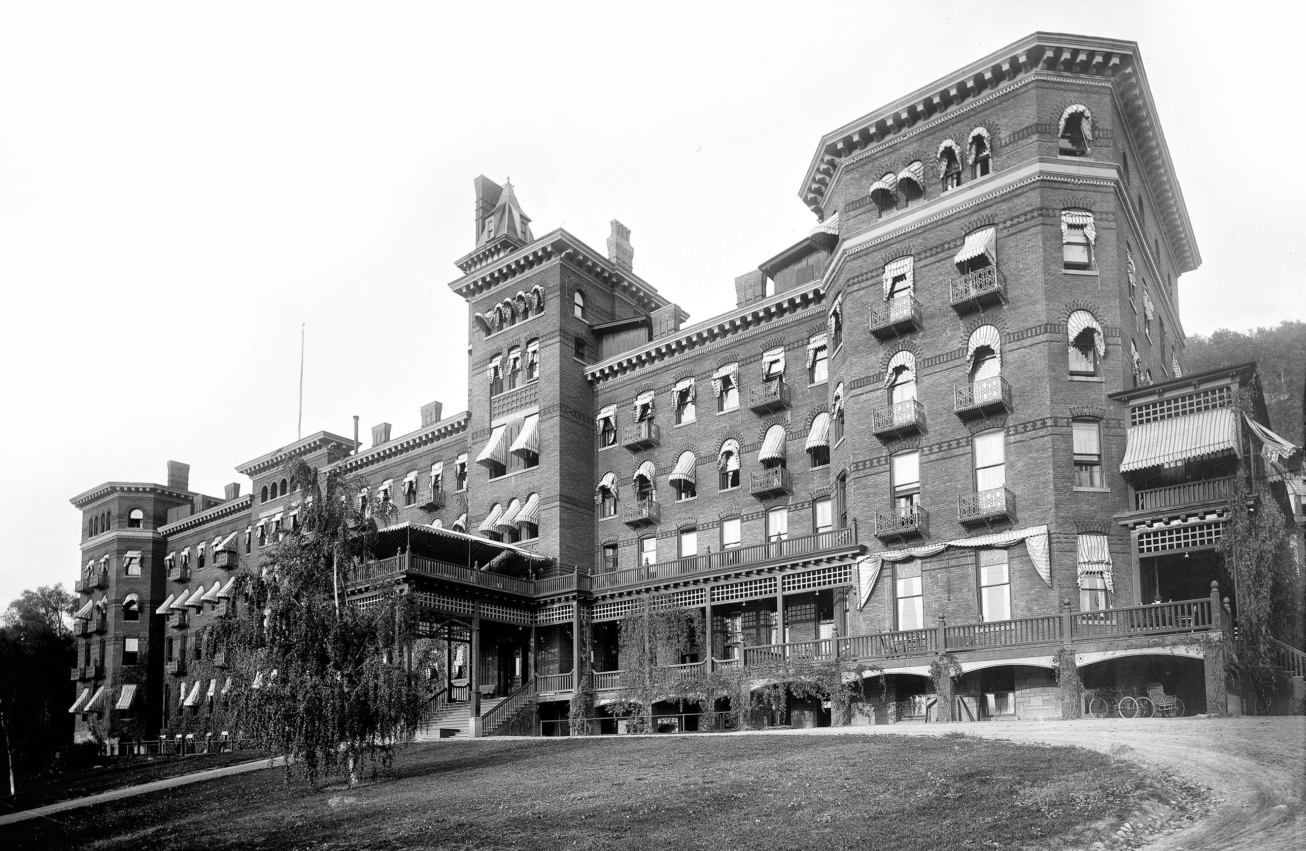 Find This Pin And More On Ghosts Of The Past Hotels By Gypsymoth24 Ny Dansville