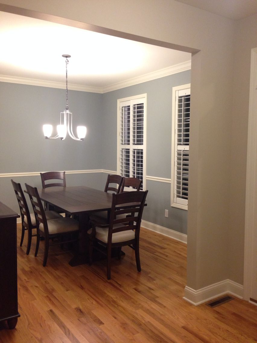 Boothbay Gray Benjamin Moore For The Dining Room And Accessible Beige Sherwin Williams For