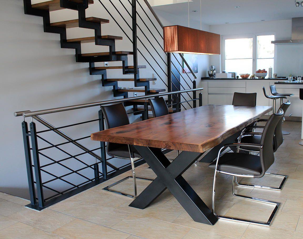 esstisch massiv nussbaum massivholztisch baumkante naturholzplatte baumtisch holzwerk hamburg. Black Bedroom Furniture Sets. Home Design Ideas