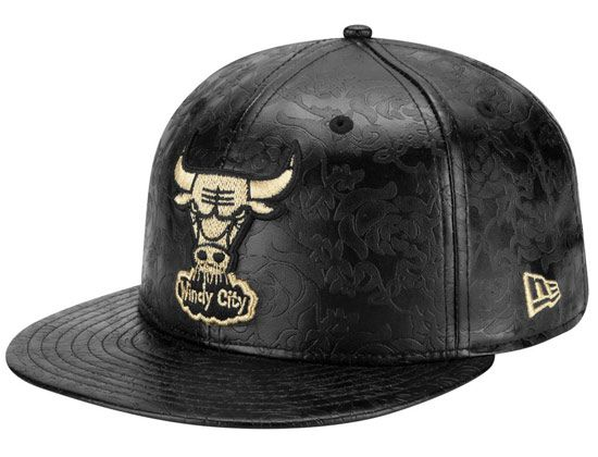 44b8c48f184 Leather Floral Chicago Bulls 59Fifty Fitted Cap by NEW ERA x MLB ...