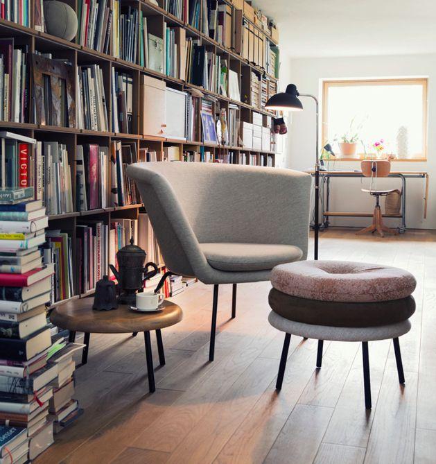 Gepolsterte Stühle, Hocker und Fußbänke von Richard Lampert | Dekoration
