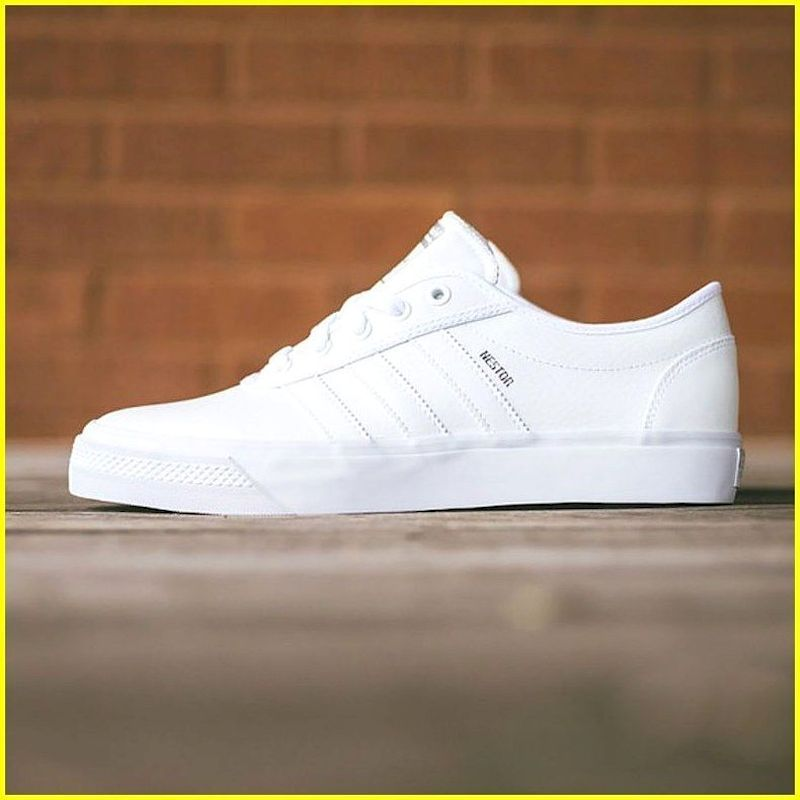 Helecho Absurdo Sustancialmente  34 White Adidas Shoes are Stylish and Comfortable - 99outfit.com | Adidas  white shoes, White sneakers men, Stylish sneakers