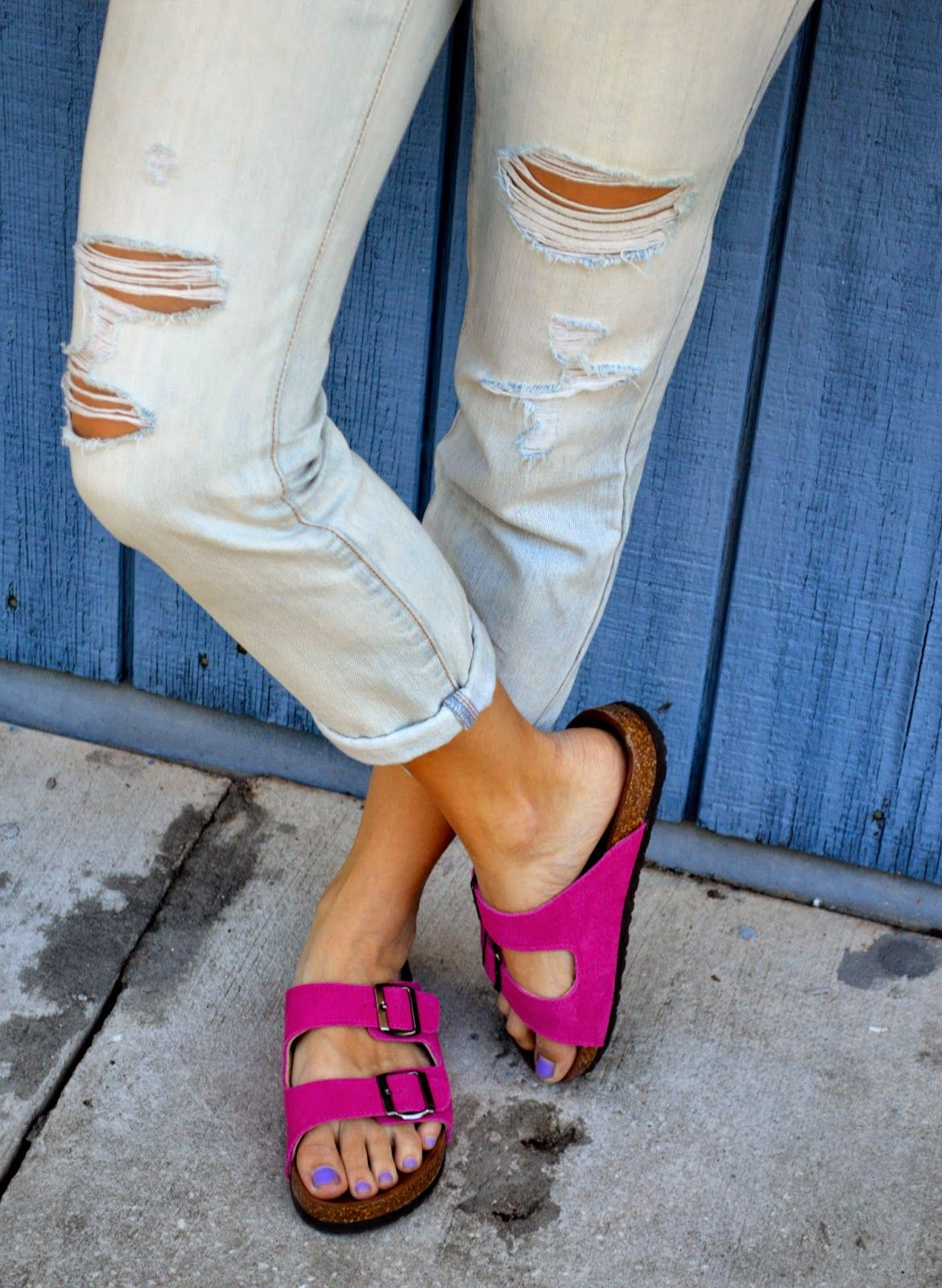 aa50c1d84b77 TheClosetDime: Think Pink Pink Shoes Outfit, Sandals Outfit, Birkenstock  Style, Birkenstock Sandals