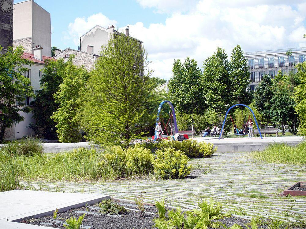 Parc urbain il t 9 ancienne usine bic foret parcs for Espace vert urbain