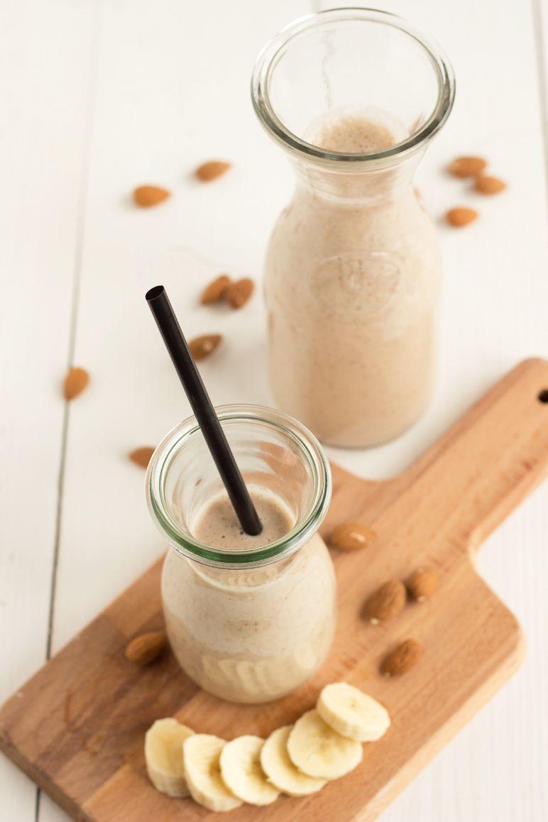 rezept f r mandel smoothie i foodblog essen und trinken pinterest. Black Bedroom Furniture Sets. Home Design Ideas