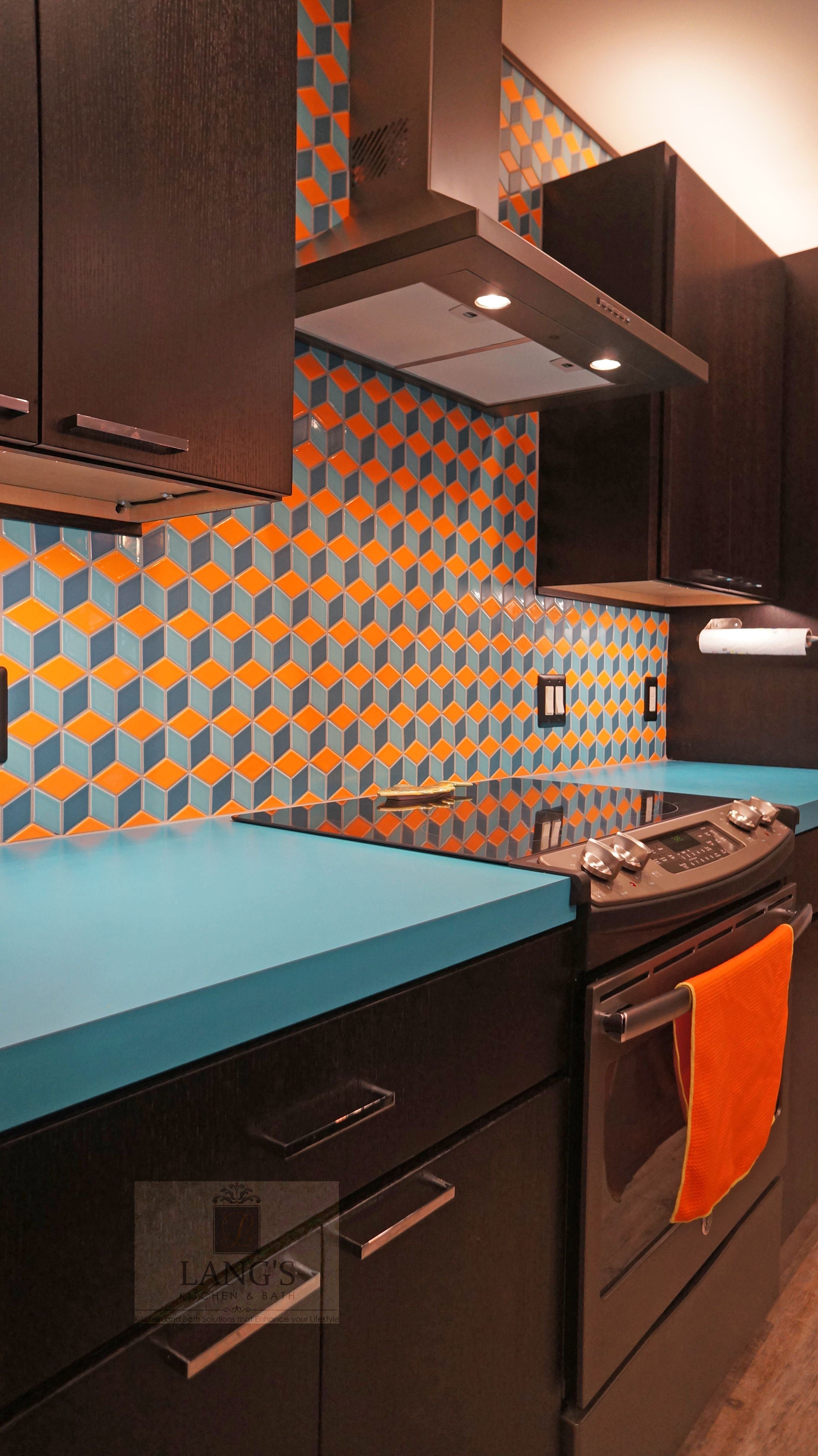 This Dynamic Kitchen Design Is One Of A Kind With A Blue Laminate Wilsonart Countertop And Clayhaus Ceramics 3 Dimension Kitchen Design Showrooms Kitchen Design