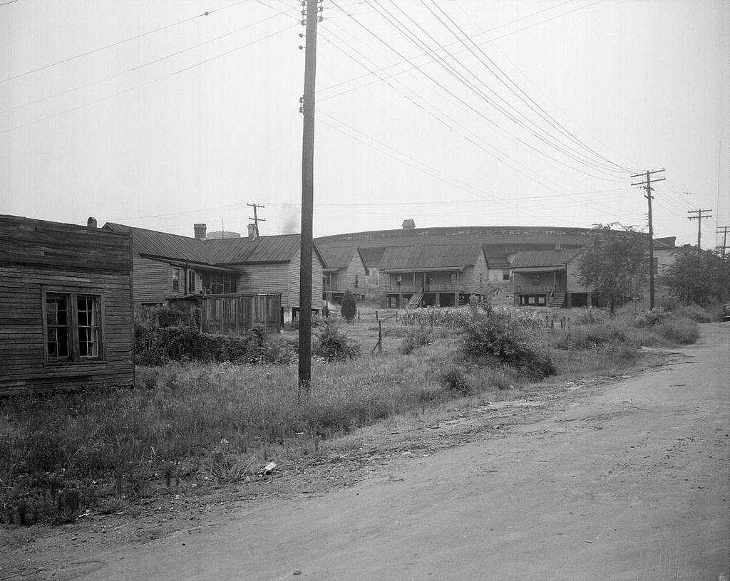 N 53 16 2034 Raleigh Slums Peace St 1945 North Carolina Facts