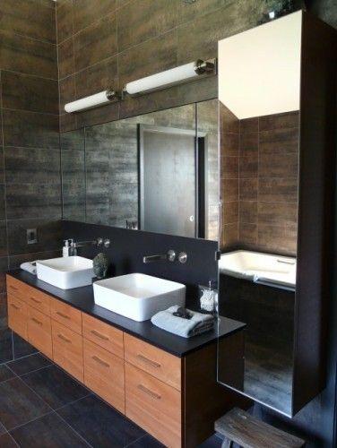 Mur - plancher gris foncéplafond blancptoir noir + bois