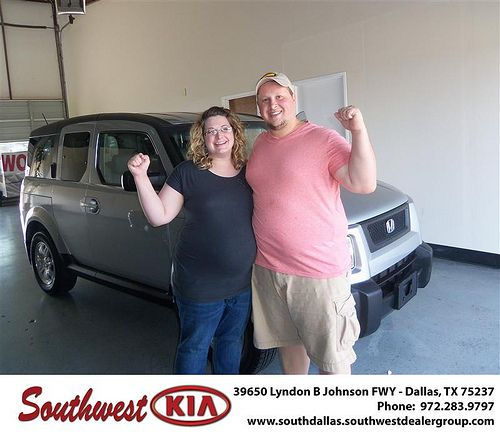 Southwest Kia of Dallas would like to wish a Happy Anniversary to Thomas Sellers on your 2006 Honda Element