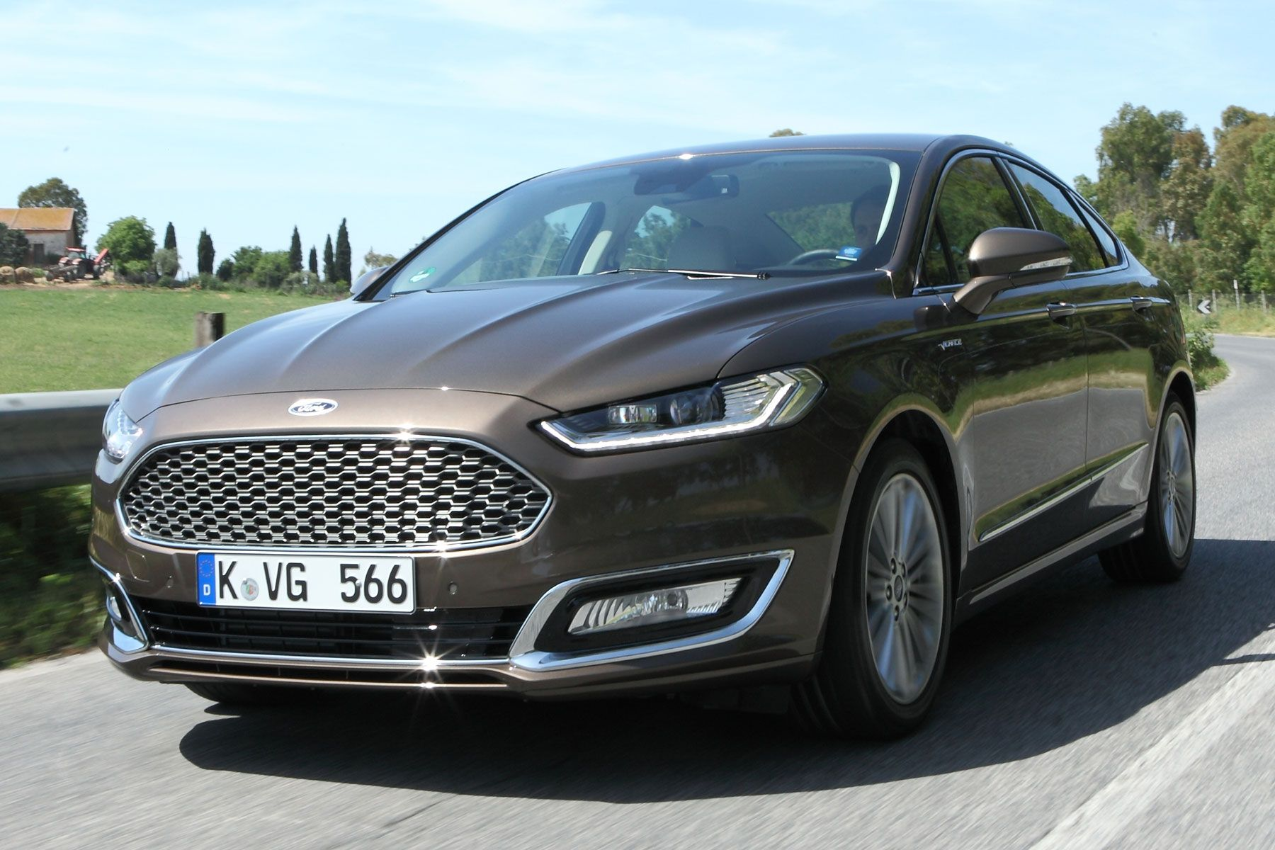 Ford Attempts To Take The Mondeo Upmarket With Its Vignale Don T Mention Ghia Ford Mondeo Ford Vignale Ford