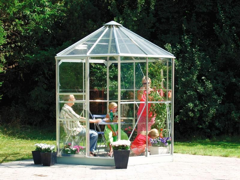 Pin by Marge on Kasvuhoone (With images) Greenhouse