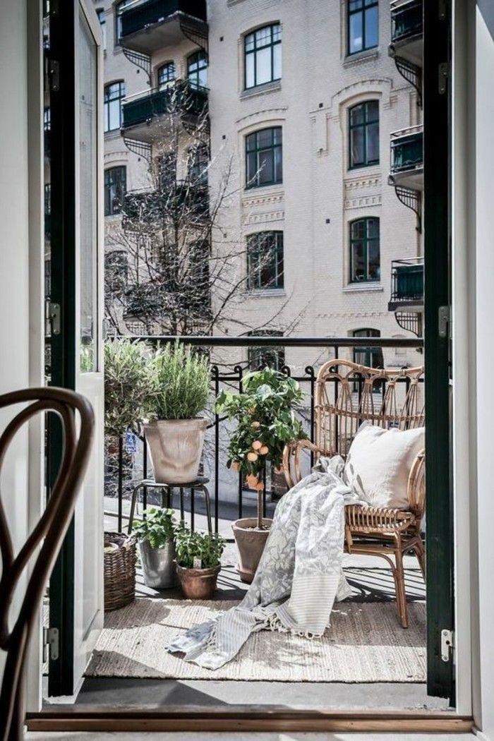 1001 conseils pratiques pour am nager un petit balcon balcons pinterest balcons. Black Bedroom Furniture Sets. Home Design Ideas