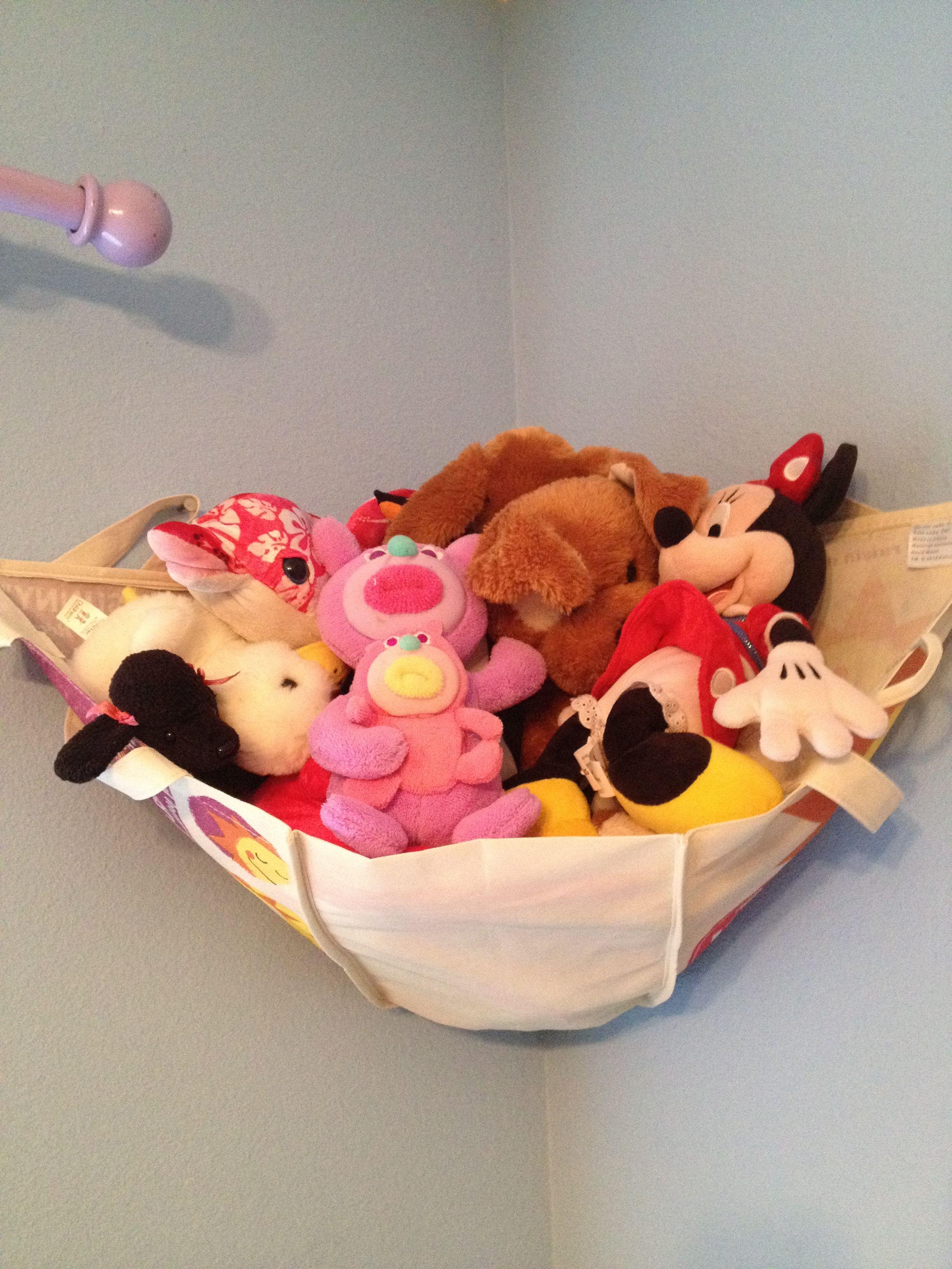 Diy No Sew Stuffed Animal Hammock Made From A Tote Bag