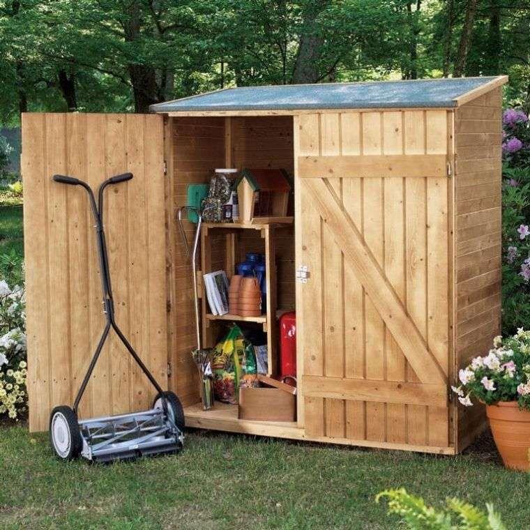 rangement malin pour outils de jardinage 24 id es pratiques rangement jardin abri jardin et. Black Bedroom Furniture Sets. Home Design Ideas