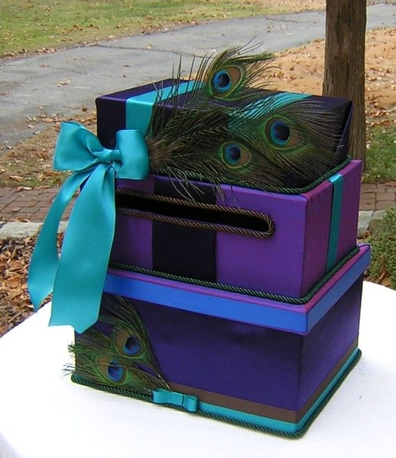 OMG!  I might do something like this for Christmas package display, minus the slit, or Valentine boxes for the kids!