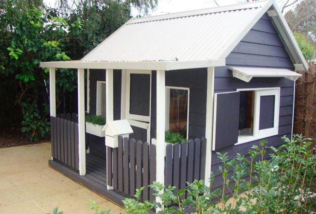 21 cool cubby houses and awesome play houses home for Design a shed cubbies