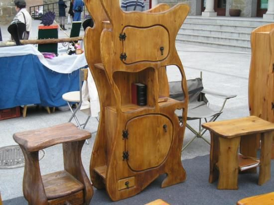 Mueble con puertas estantes y cajón madera de pino artesano ...