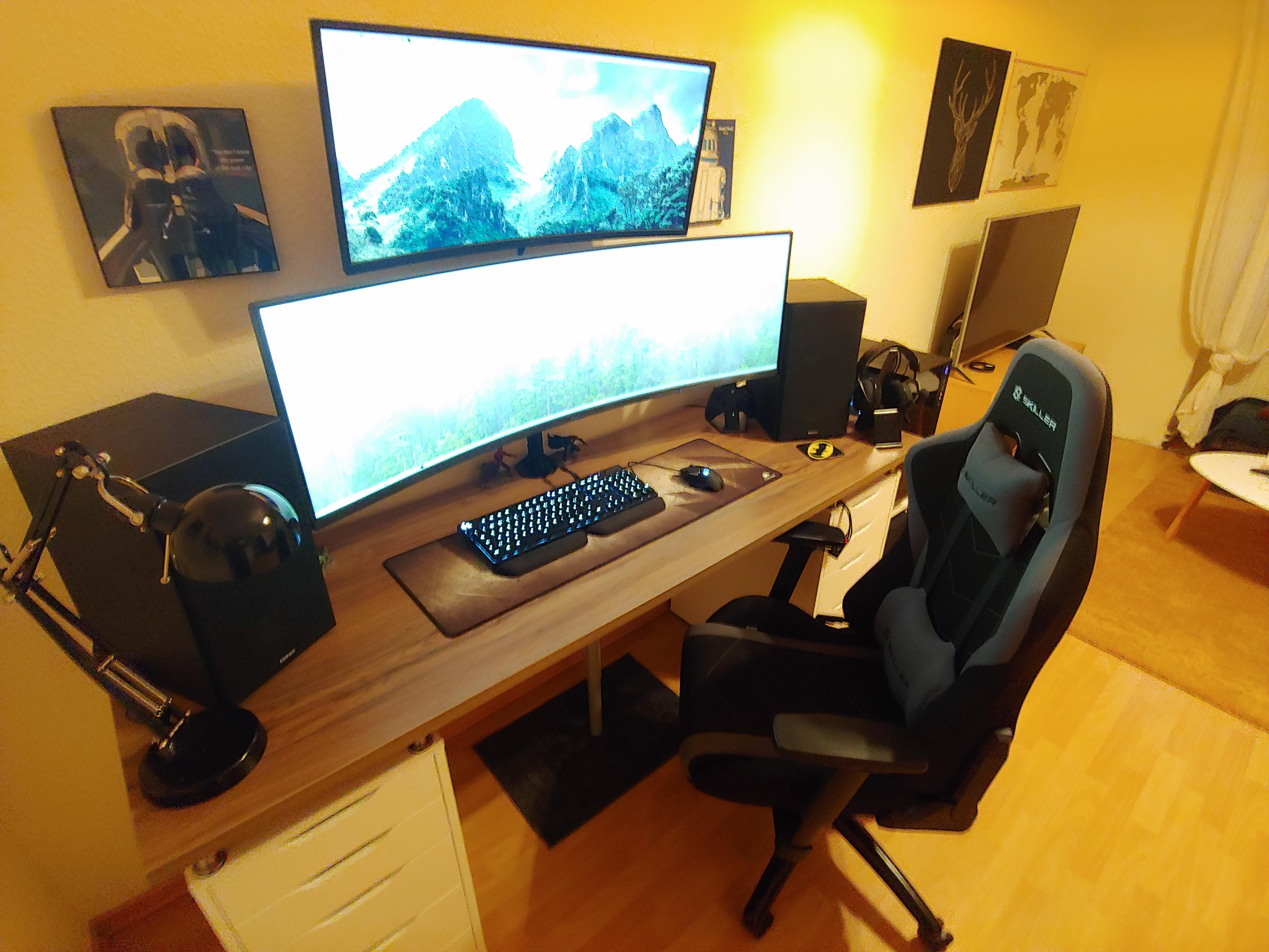 2020 Battlestation is ready to go can't wait for Cyberpunk