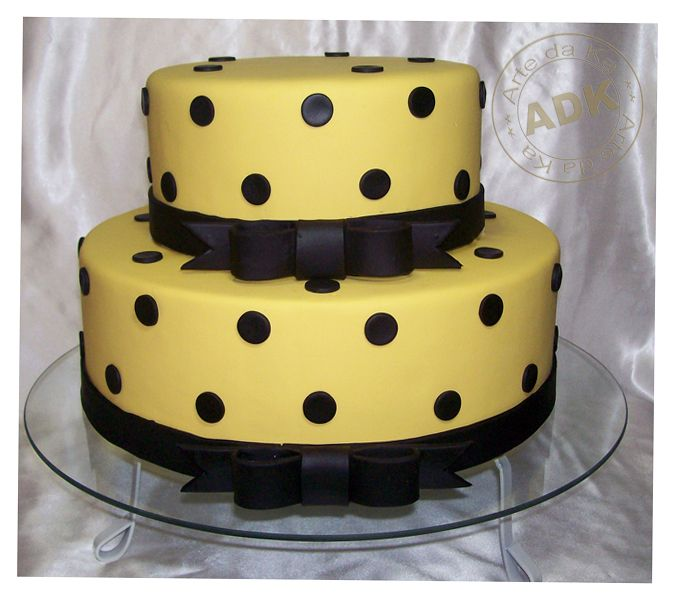 Galeria Yellow Birthday Cakes Black Cupcakes Polka Dot Cakes