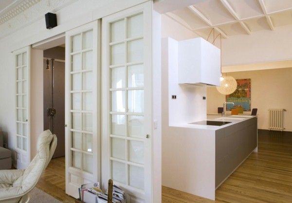 porte coulissante en bois petite cuisine mobilier blanc idées de ...