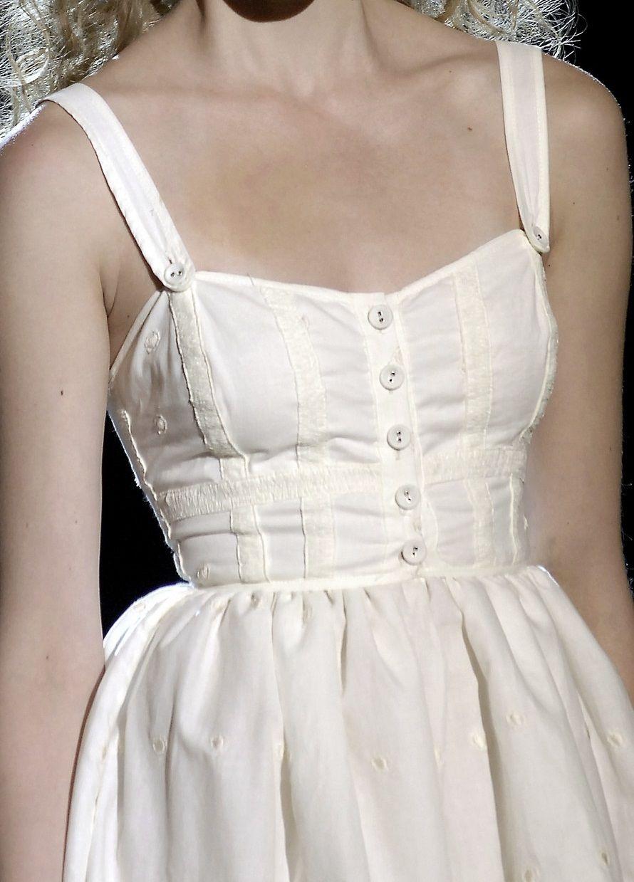 Betsey johnson wedding dresses  Pin by FranCher on runway blanc  Pinterest  Betsey johnson