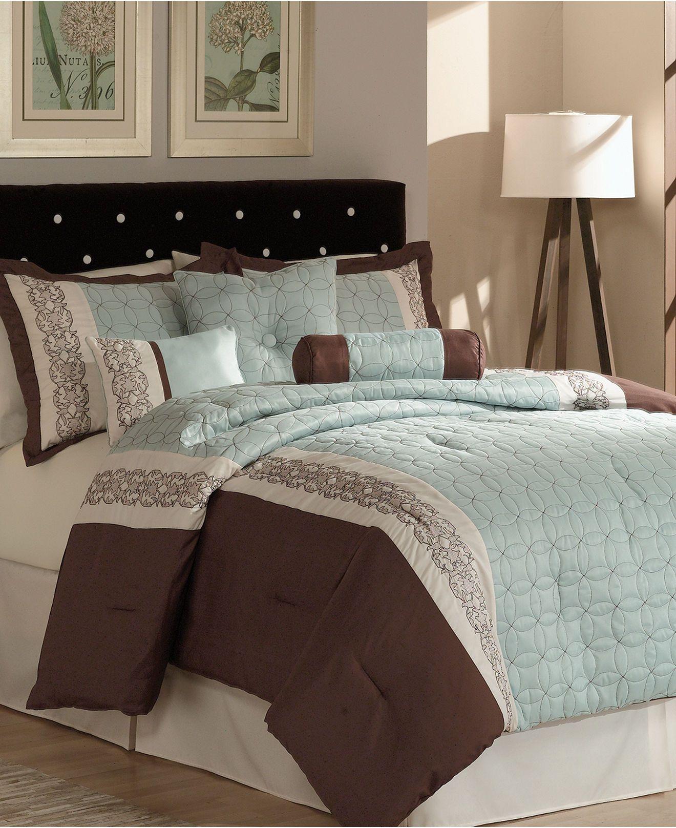 70b5e1aec98d960054faf4e4612bbb13 - Better Homes And Gardens Comforter Set Collection Tradewinds