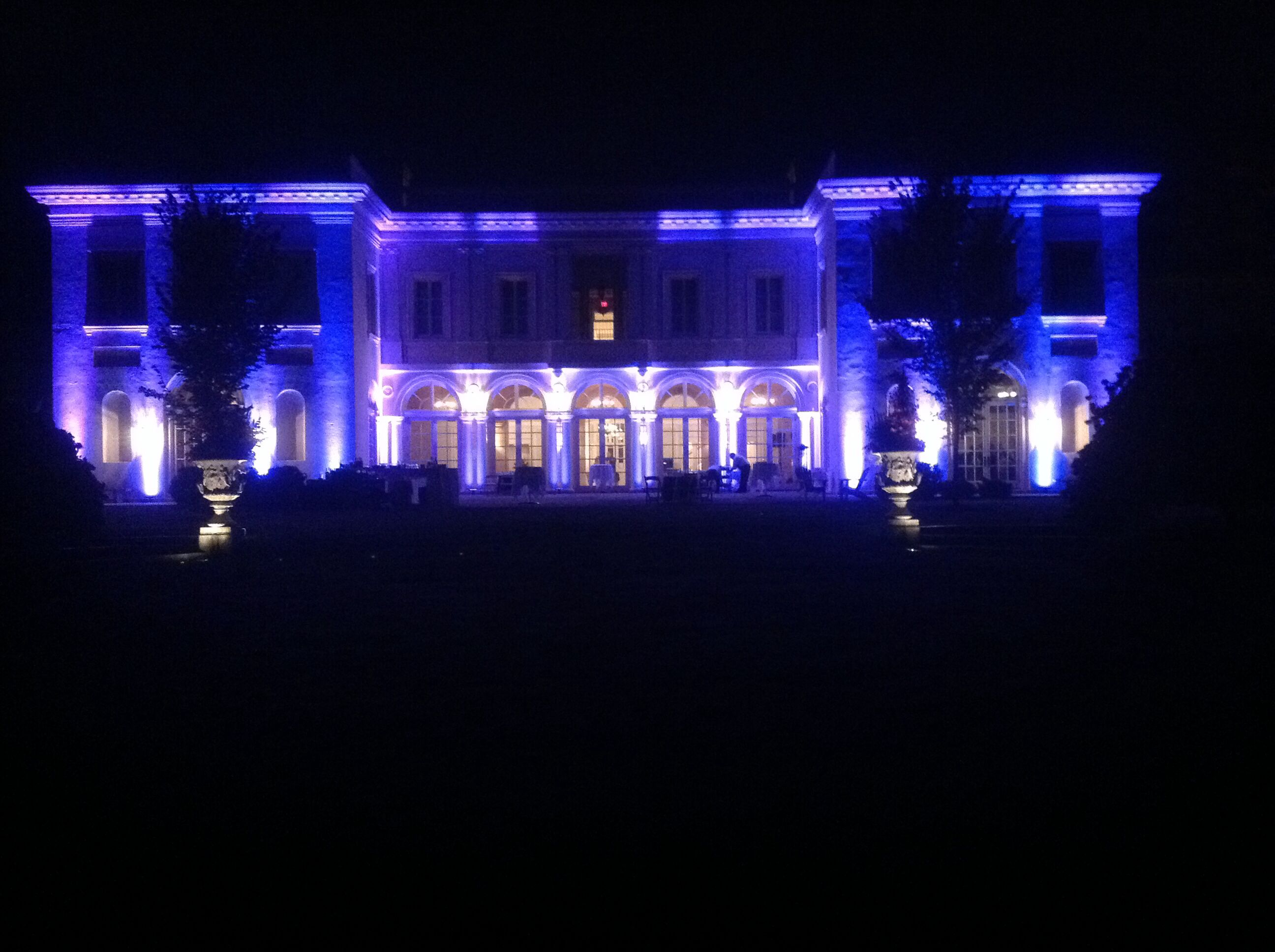 Wadsworth Mansion Outdoor Uplighting and DJ for a wedding