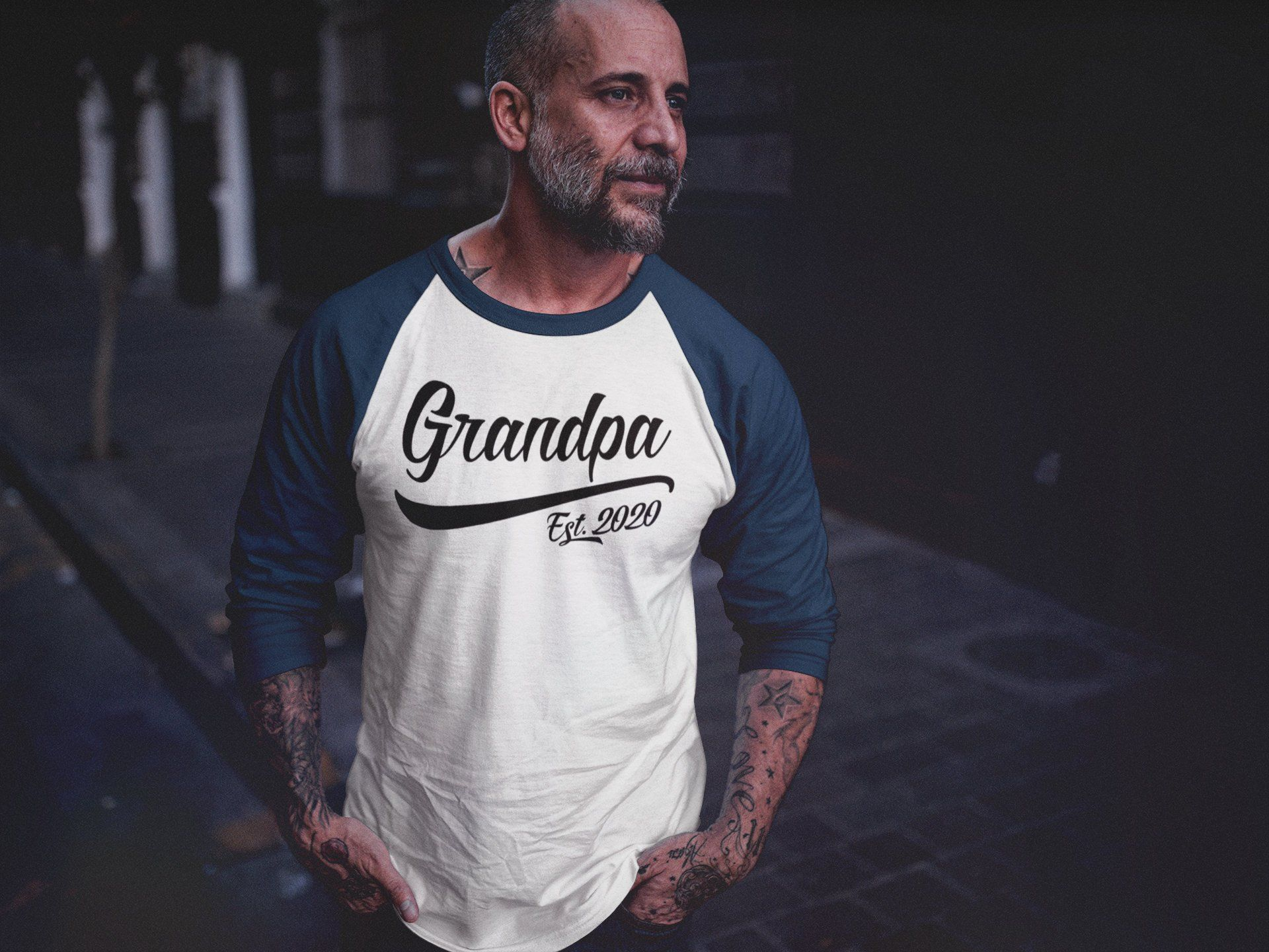 2020 Fathers Day Ideas Men's Grandpa Gift EST. 2020 T Shirt New Baby Reveal Idea Gift