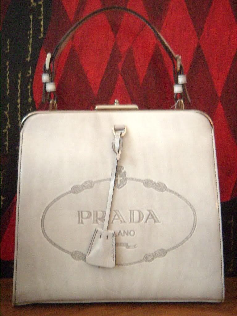 acfe646f22dc Prada Frame Bag (as seen in Devil Wears Prada) | purses | Frame bag ...