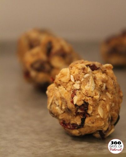 PB and Fruit Protein Balls