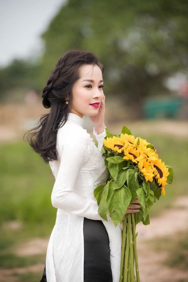 VIETNAMESE BEAUTIES: Wedding photos of Miss Universal