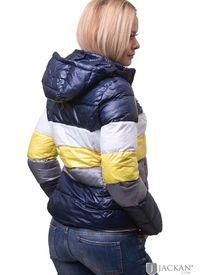 Blåa jackor i massor av trendiga modeller för dam  