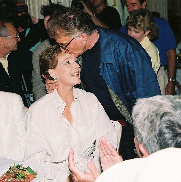 Julie Andrews 39 Husband Blake Edwards 88 Dies Of