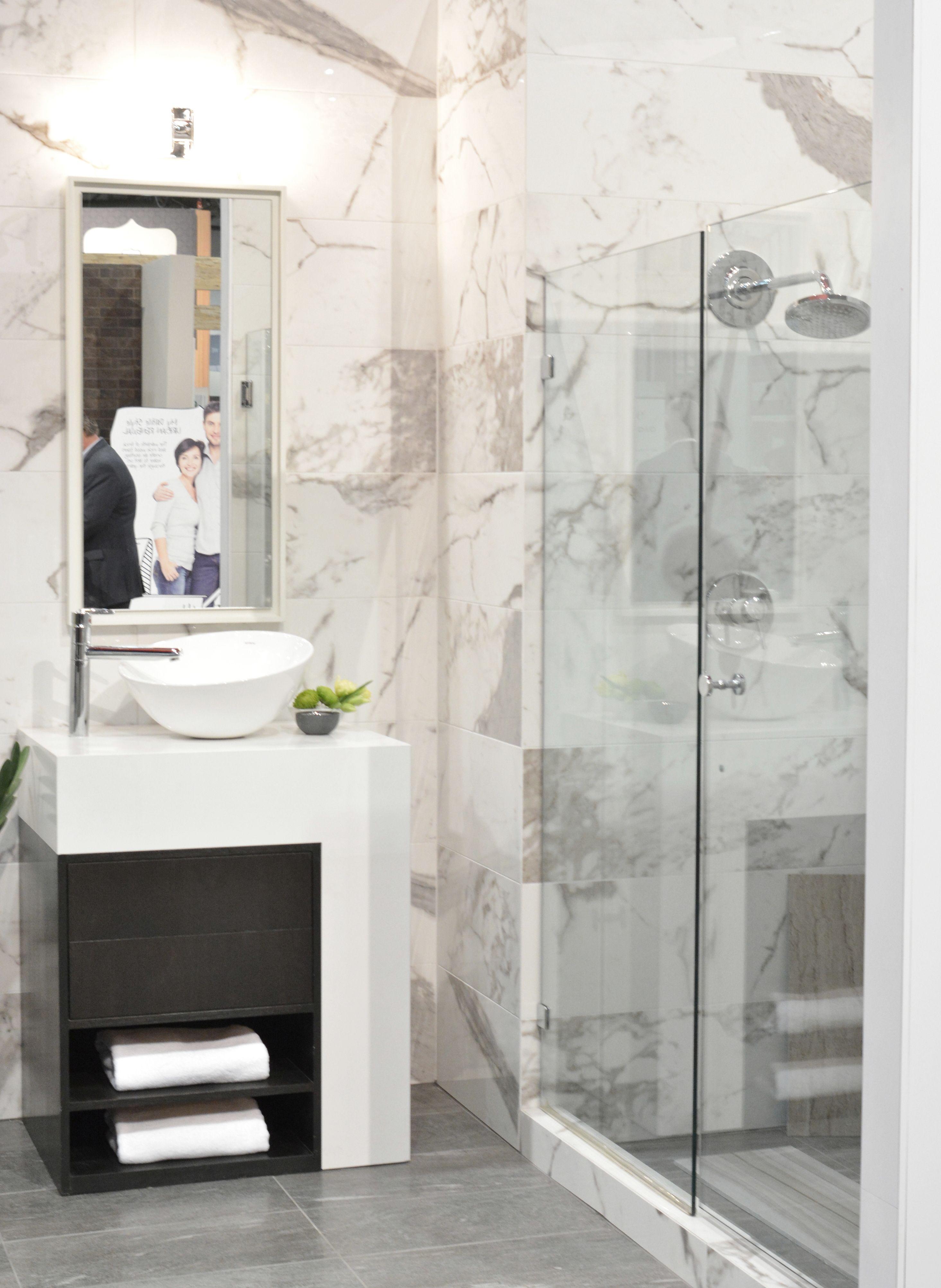 calcutta marble look porcelain tile | {Tile Ideas} | Pinterest ...