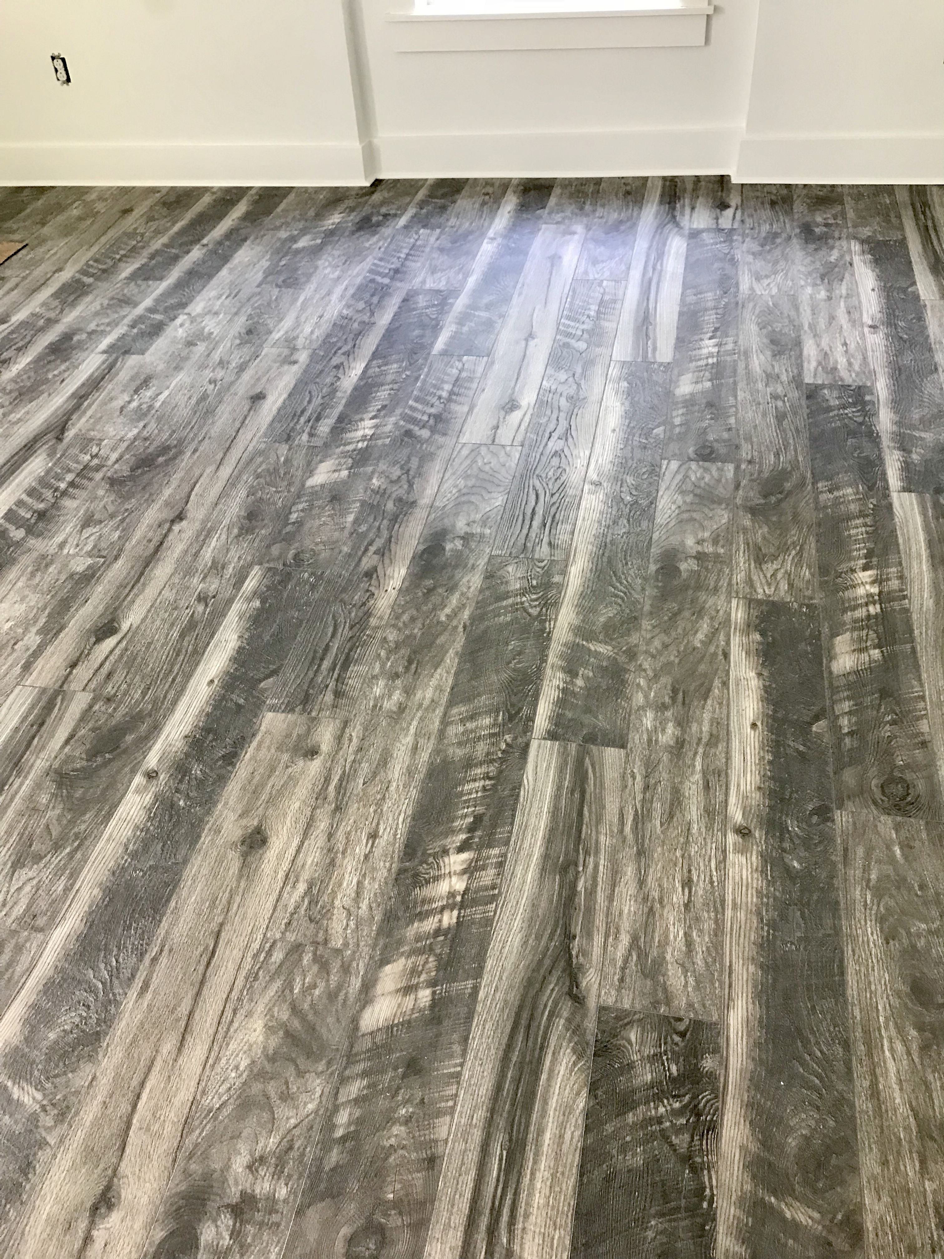 Home Decorators Collection Cinder Wood Fusion 12 Mm Thick X 6 1 8 In Wide X 50 4 5 In Length Laminate Flooring 17 44 Sq Ft Case Hc07 Flooring Fake Wood Flooring House Flooring
