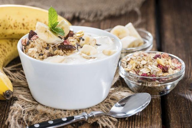 Should I Take Probiotics With or Without Food?