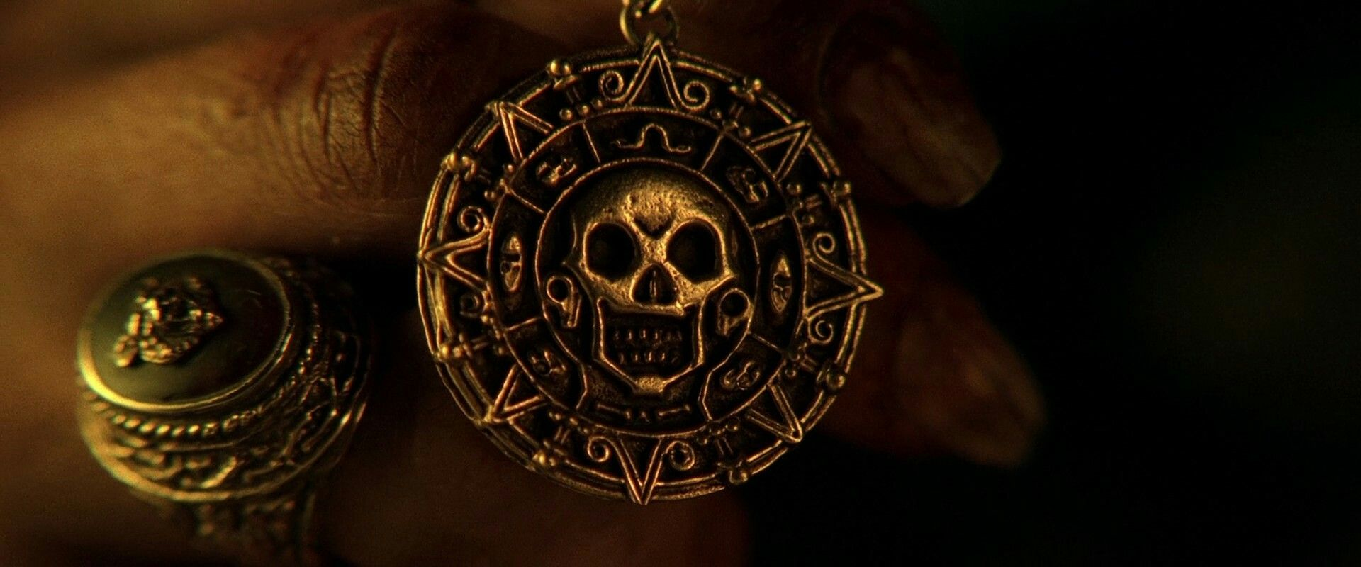 Cursed Aztec gold necklace Pirates of the Caribbean