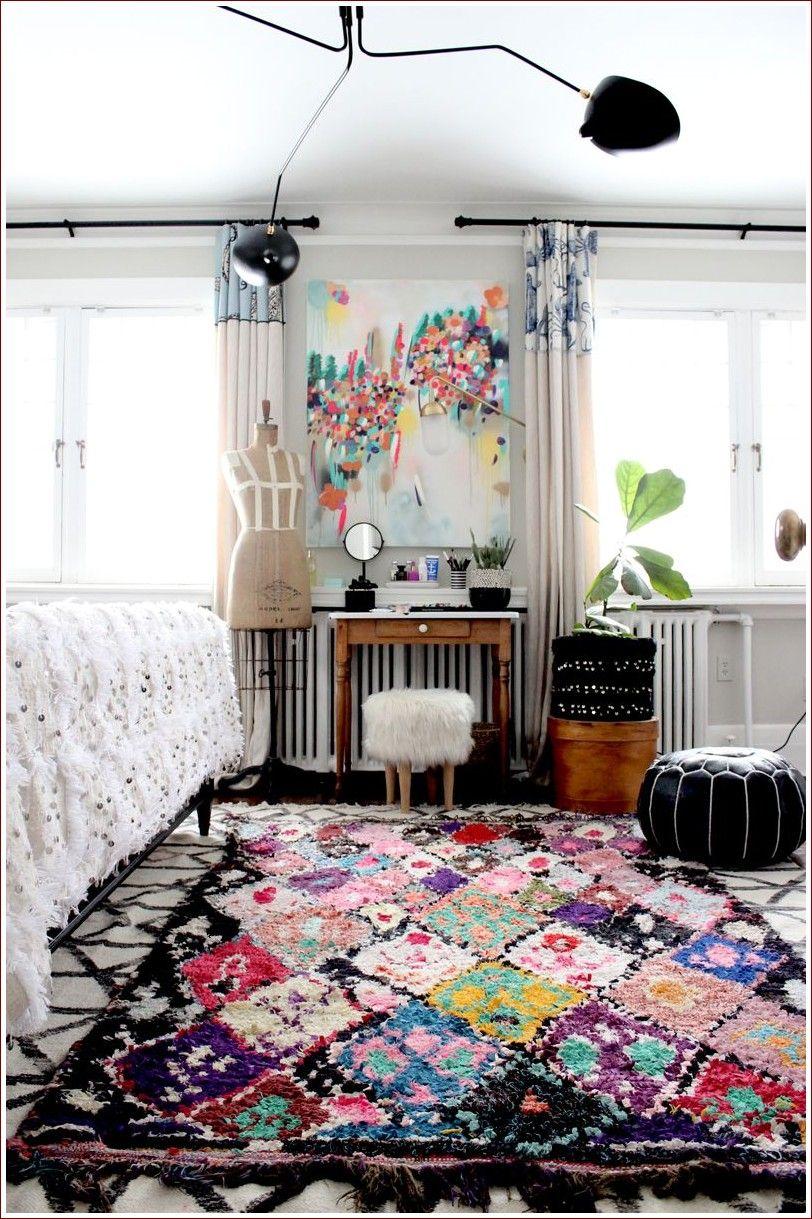 Bedroom Rug Ideas Boho in 2020 Artsy bedroom, Decor