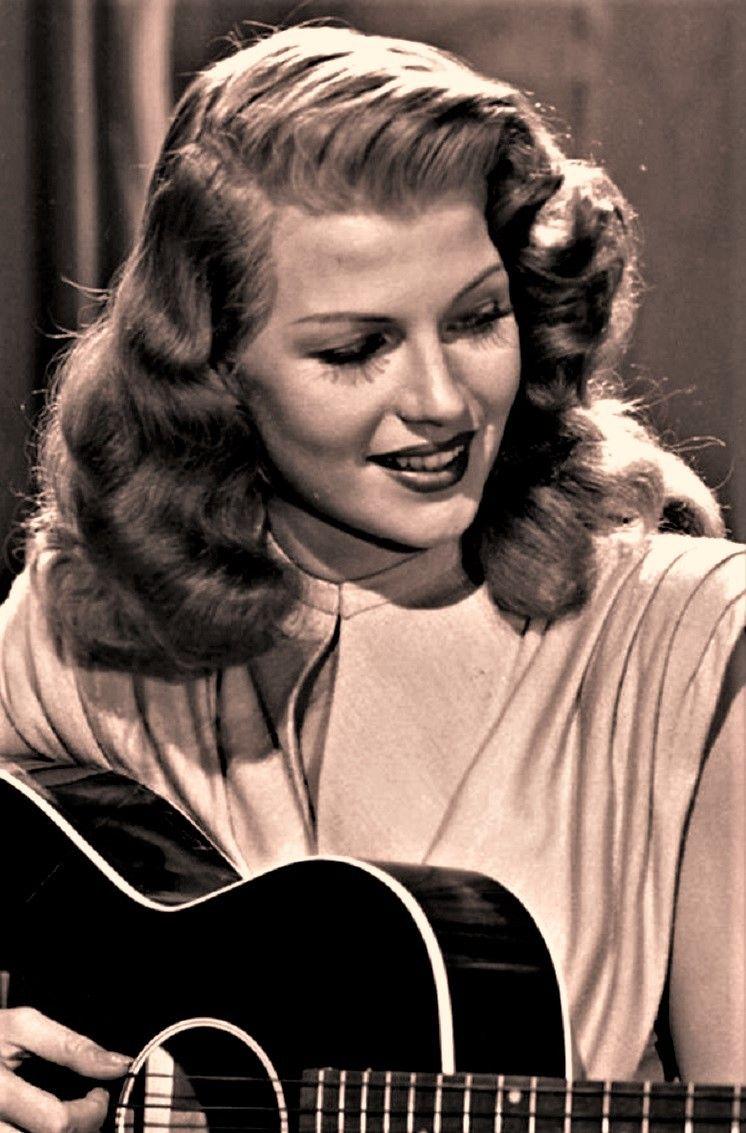 Rita Hayworth in Gilda, 1946. #hollywoodstars
