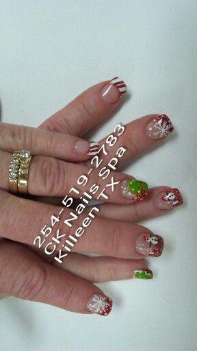 Christmas Nail Art With Shellac Christmas Nail Art Nail Art Christmas Nails