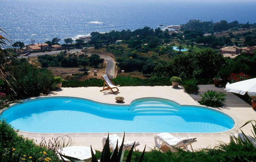 Piscine enterr e madeleine 11 60m x 7 10m x 5 35m escalier roman liner provence piscines for Prix piscine 5 x 10