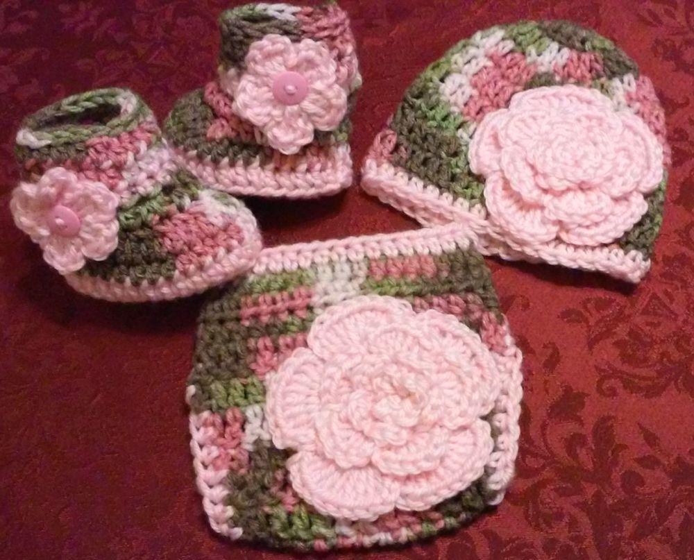Crochet pink camo diaper cover set hat booties baby pink flowers crochet pink camo diaper cover set hat booties baby pink flowers newborn bankloansurffo Images