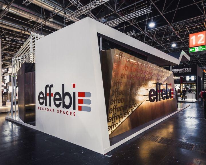 The main external wall made up of 70 white ribs for Effebi arredamenti