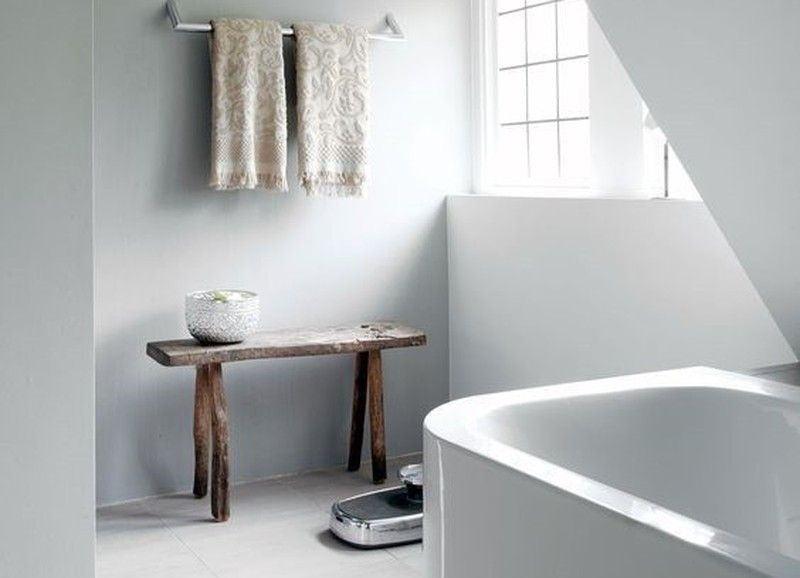 6 Tips Om Je Kleine Badkamer Groter Te Doen Lijken Kleine Badkamer Badkamer Shelving