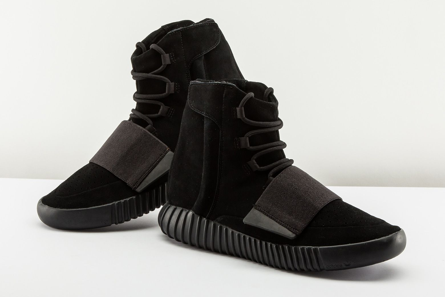"""d9896b7889da1 Rate the Adidas Yeezy 750 Boost """"Triple Black"""" from 1 - 10. https"""