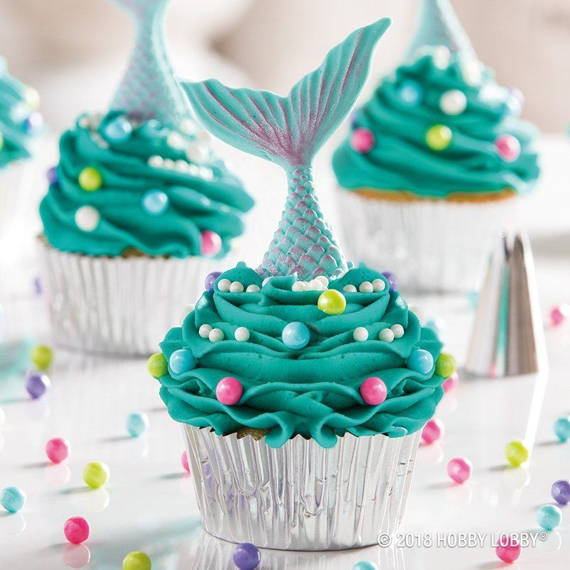 Create Flip Worthy Treats With An Added Fondant Mermaid Tail
