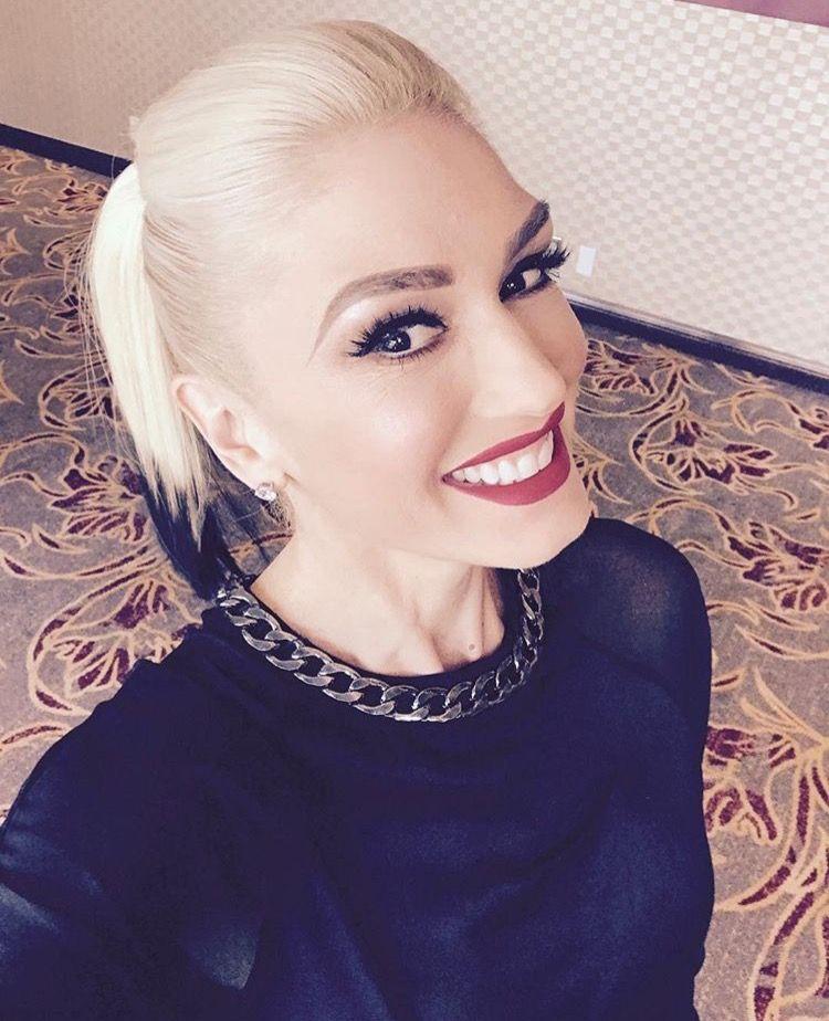 Pin By Tara Kaderly On Gwen Gwen Stefani Hair Beauty Gwen