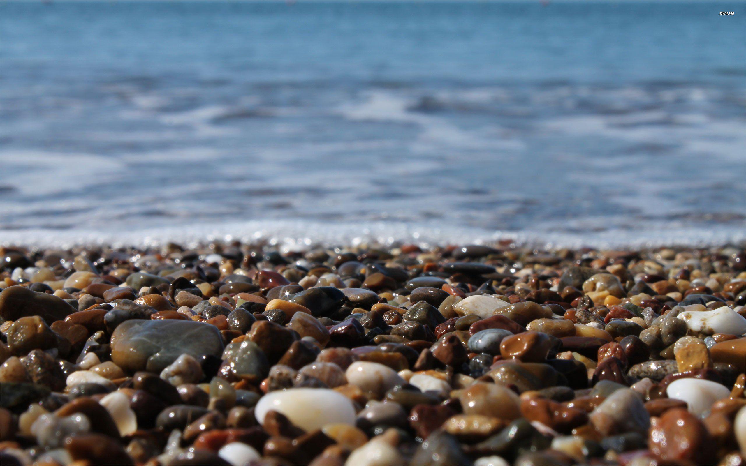 Nature Sea Water Bubbles Beach Stone Wallpapers Hd Desktop Stone Wallpaper Beach Stones Beach Wallpaper