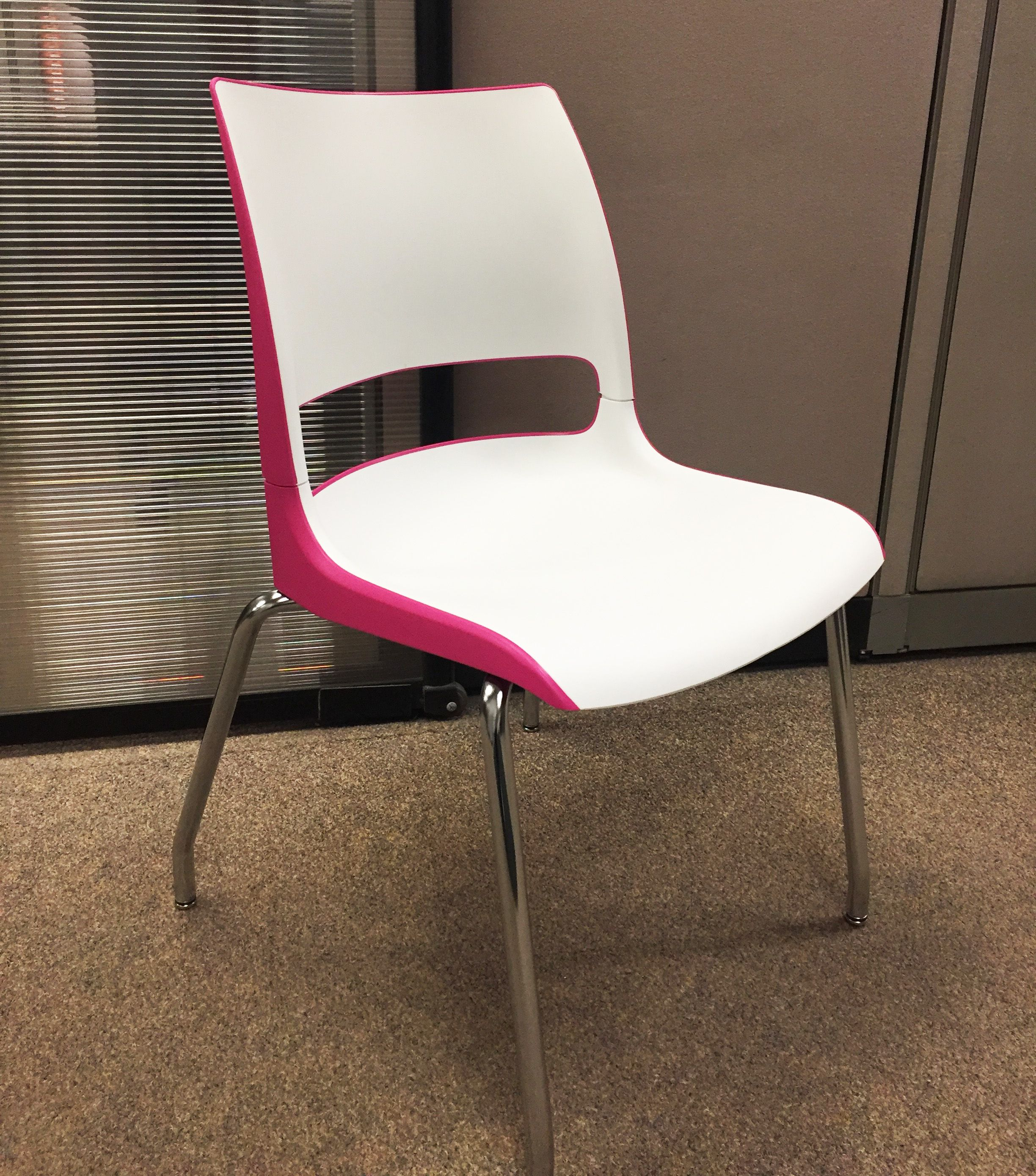 Check out this fun pop of pink on KI s Doni chair Doni is